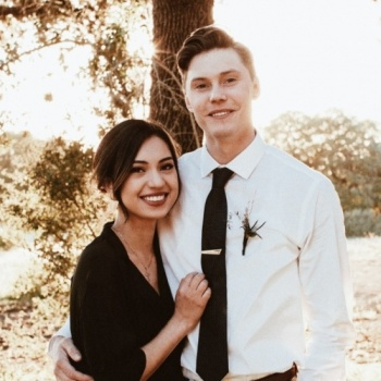 Our Wedding Gives Back